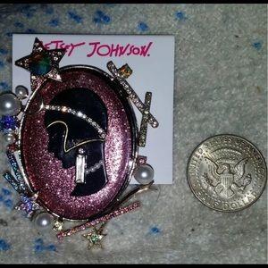 Jewelry - Betsey Johnson Cameo Roaring 1920's BJ#55-45